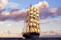 Yunanistan'da denizciliğin gelişimi ve demokrasi